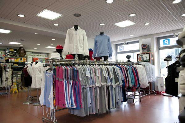 perlini-workwear-negozio-016569442B-54E7-97EA-1197-06AC32FAFA9C.jpg