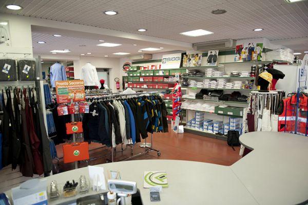 perlini-workwear-negozio-03B9C79E77-186C-565F-8686-F512942792FF.jpg