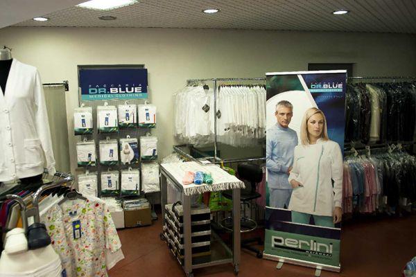 perlini-workwear-negozio-04EC2B7DDA-5939-C5DF-59D4-5D7F0CC21CBA.jpg