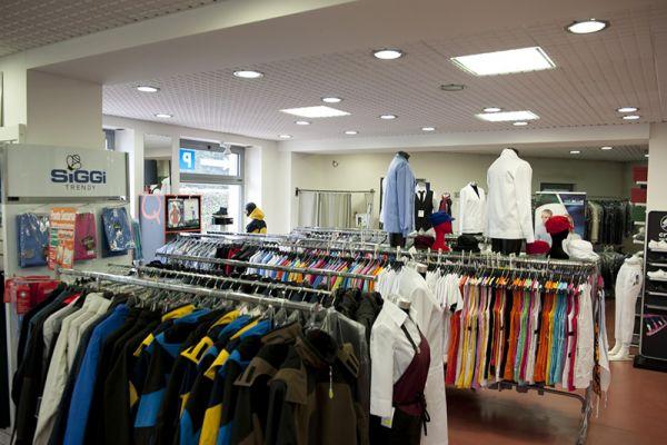 perlini-workwear-negozio-0581A9500B-7A41-010A-7979-96BB8BD4A29C.jpg